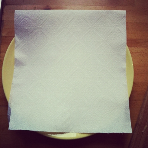 5-Plate and Kitchen Paper