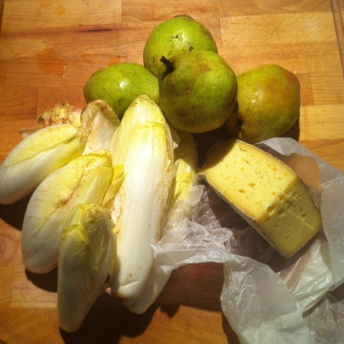 2-Pears, Endives, Tomme